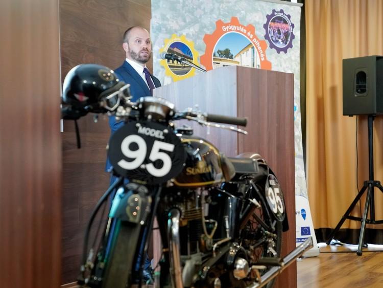 Területfejlesztési szakember a hajdúnánási MotoGP-pályáról