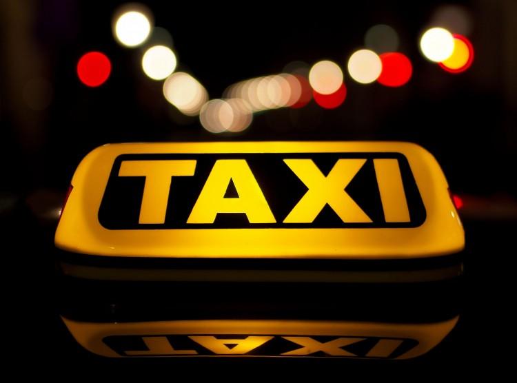 Nem lehet taxis, akinek priusza van