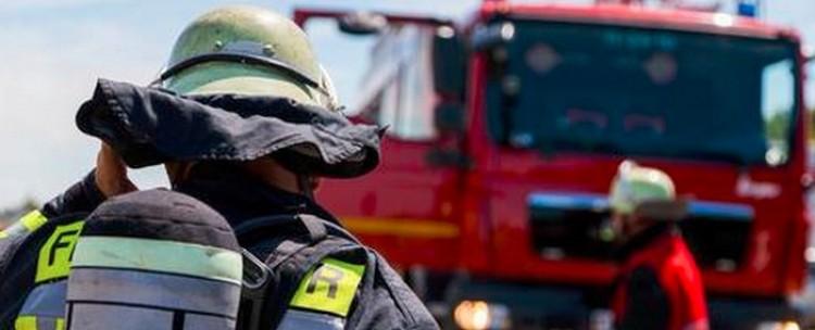 Autó lángolt Hajdúsámson és Nyíradony között