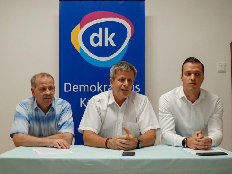 Orbánhoz küldte Debrecen polgármesterét a DK