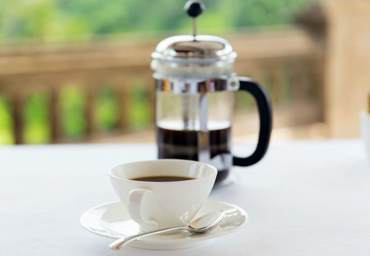 A kávéfogyasztás rejtelmei: hogyan reagál a szervezetünk?