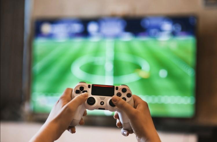 Az internetes játékok növekedése járvány idején