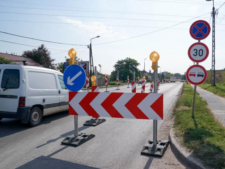 Elkezdődött a Kishegyesi úti vasúti átjáró átépítése