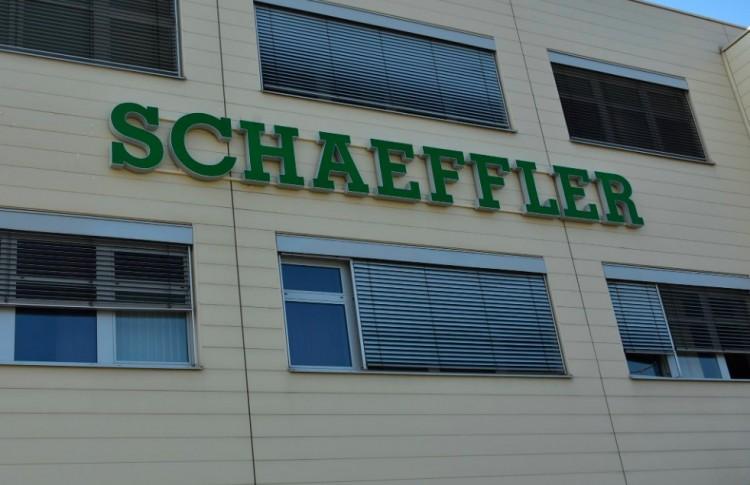 Ötvenmillió euró hitelt kap a Debrecenben is gyártó Schaeffler