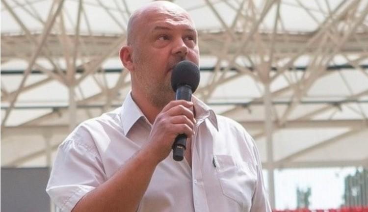 Debreceni 21-es: Tóth Csaba Zsolt, a DVSC sajtófőnöke, akinek a szíve ultra