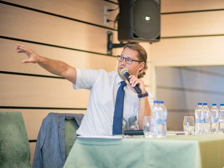 Jakab Ferenc: Semmi jót nem jósolhatunk