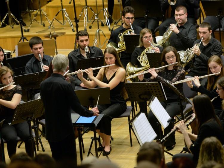 Ajándék koncert a Debreceni Egyetemen