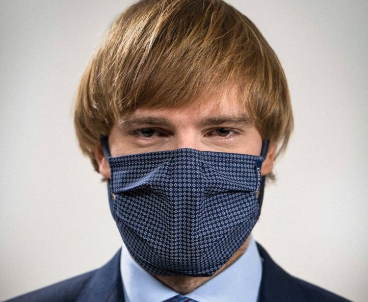 Feladta a cseh egészségügyi miniszter