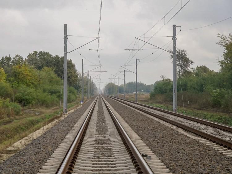Keresik a tervezőt a Debrecen-Nyíregyháza vasútvonal korszerűsítéséhez