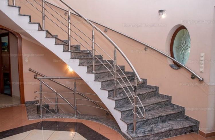 Debrecen két arca: luxus félmilliárdért, romos 4 millióért