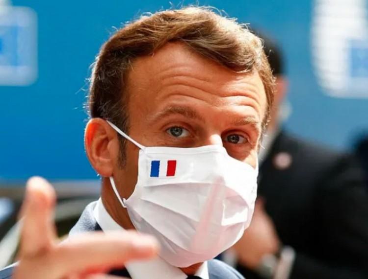 Egy hónapra bezár Franciaország
