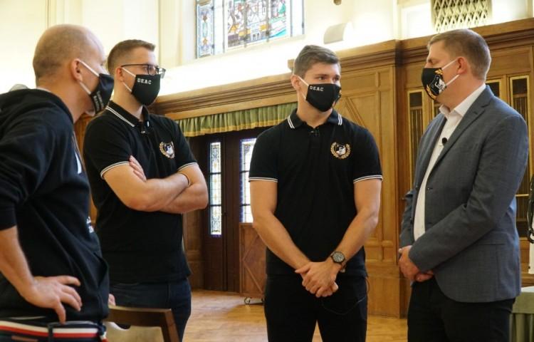 A Debreceni Egyetem kirakatcsapata meglepné az országot