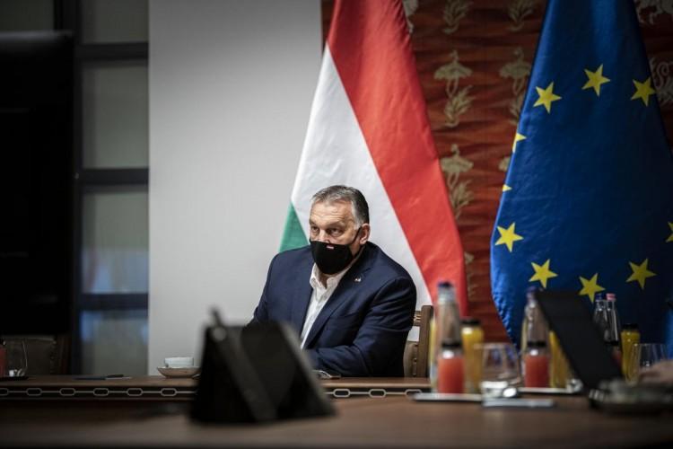 Erőből kell betartatni a szabályokat – fogalmazott Orbán
