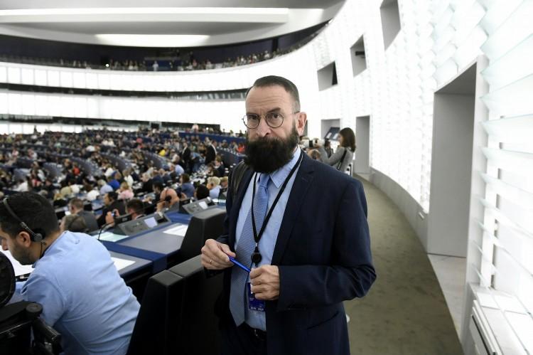 Nem csinálja tovább a Fidesz veteránja
