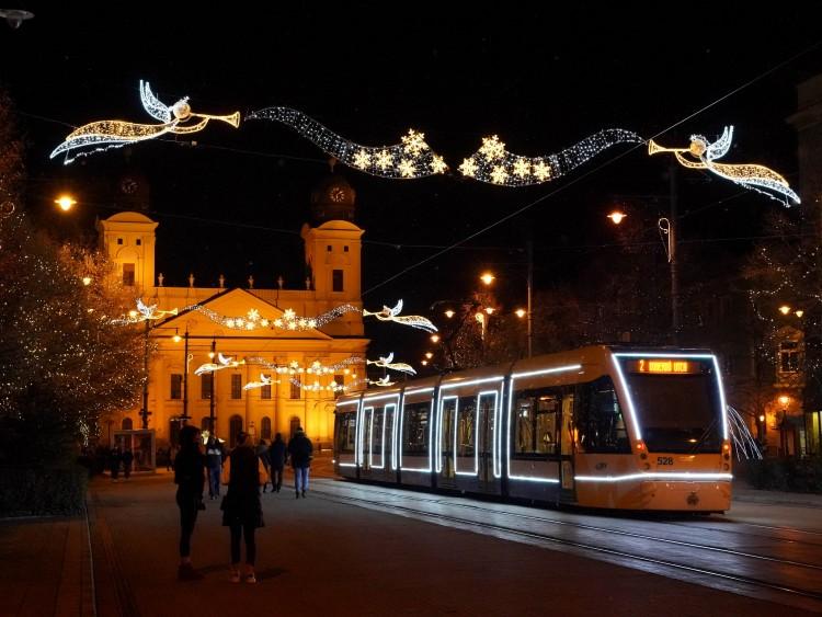 Debrecenben így száműznék rosszkedvünk telét +Fotók