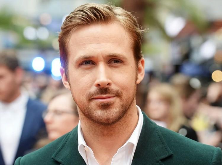 Házi tetoválás, karizma és szülinap: 40 éves Ryan Gosling
