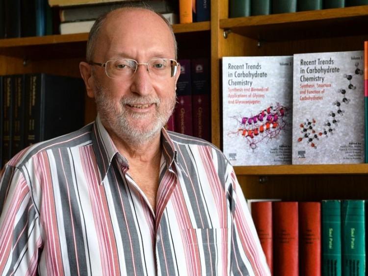 Rangos szakmai elismerés a Debreceni Egyetem professzorának