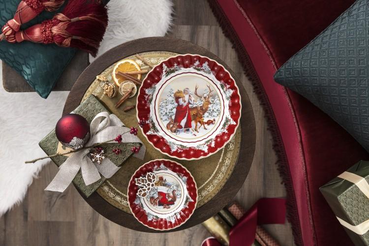 Varázslatos ajándékok a karácsonyfa alatt