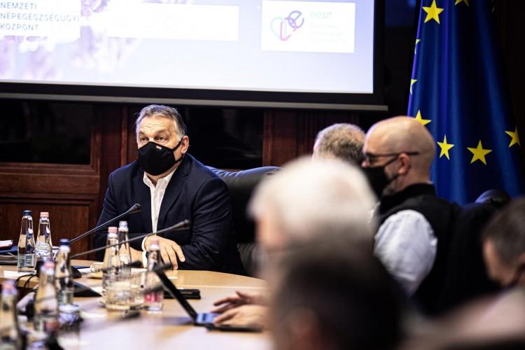 Orbán: Brüsszelnek lekevertek egy nagy pofont