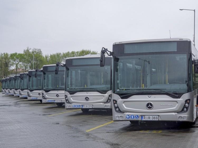 123 új autóbusszal szolgáltatna a DKV 2022 közepétől