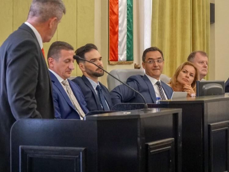 Debreceni Fidesz-KDNP: Varga Zoltán arcátlan