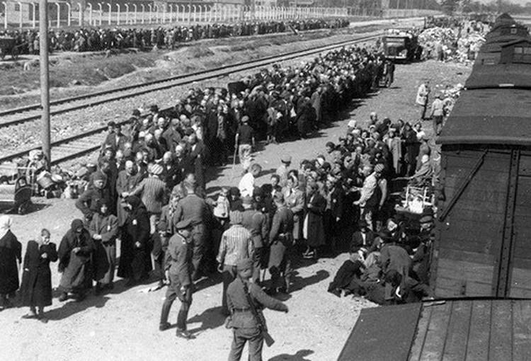 Magyar tragédiára emlékeznek; holokauszt-túlélők találkoznak