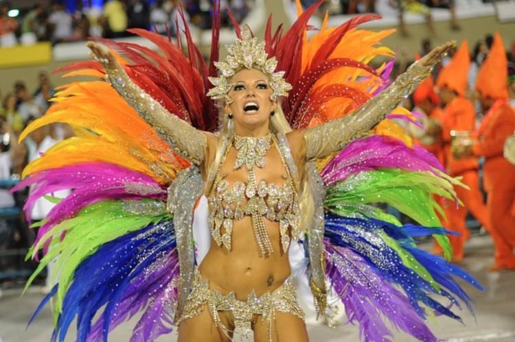 Adeus, samba! Gyászban Rio: elmarad a karnevál