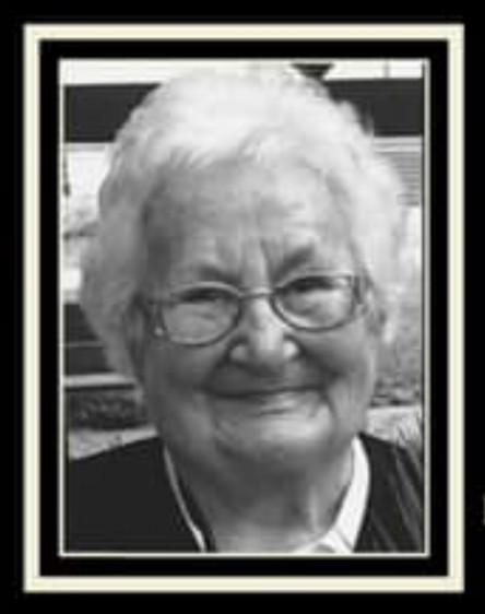 Kiváló pedagógusát, díszpolgárát gyászolja Nyíradony