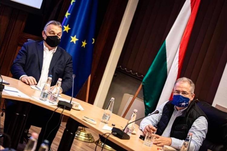 Kósa Lajos lelkendezik: Debrecenben minden adott a Nemzeti Oltóanyaggyárhoz