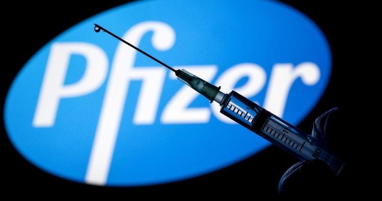 Kevesebb Pfizer-vakcina érkezik hazánkba, de nem változik az oltási terv