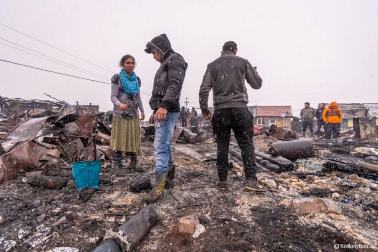 Tűzvész pusztította el a romák telepét Székelyföldön