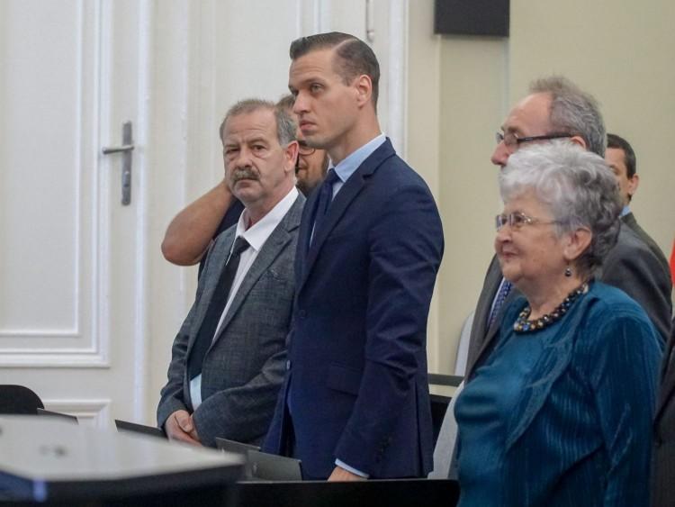 DK: több száz millió forint jutalom Debrecenben