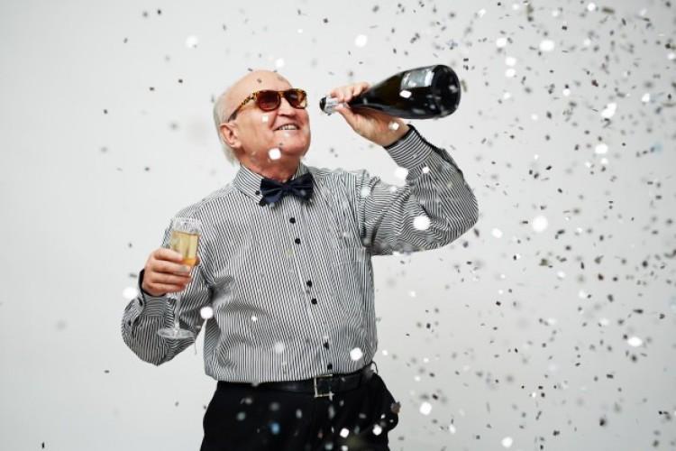 Jön a 13. havi nyugdíj, de ez még csak az ízelítő