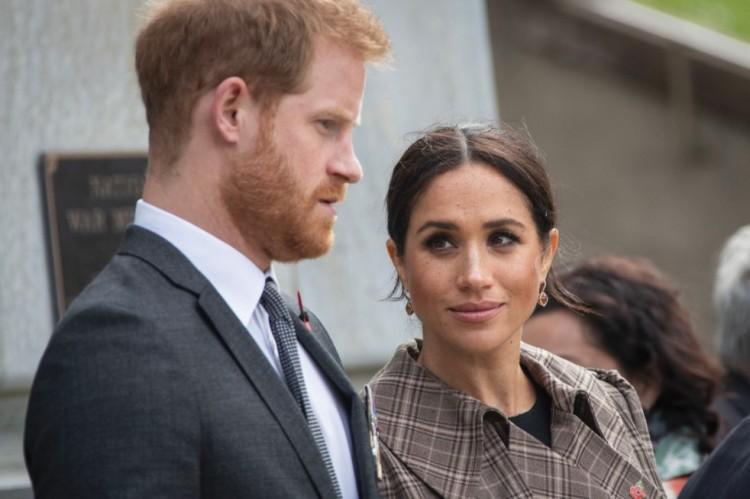 A brit hercegi pár nem kér a királyságból