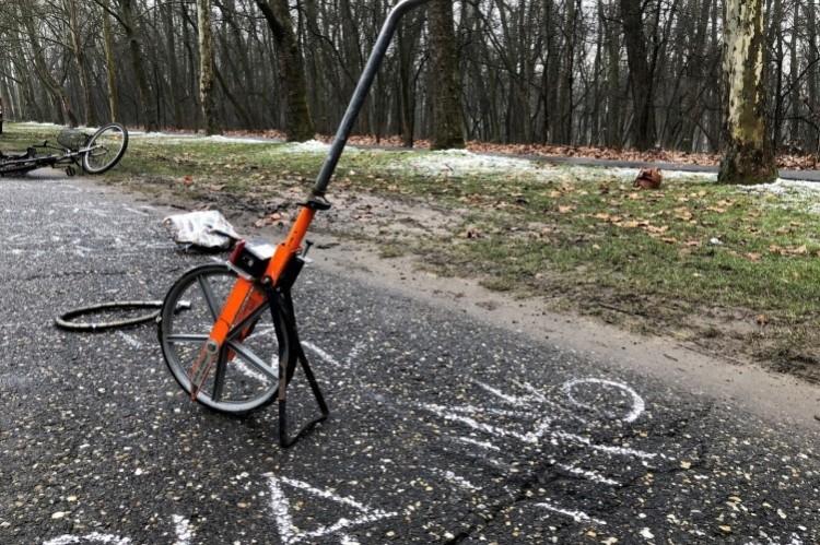 Meghalt egy biciklis a Nagyerdőn