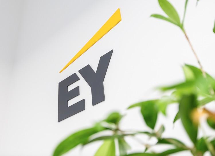 Regionális irodát nyitott Debrecenben az EY