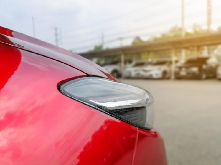 Autópiac: lemaradásban 2020 januárjához képest