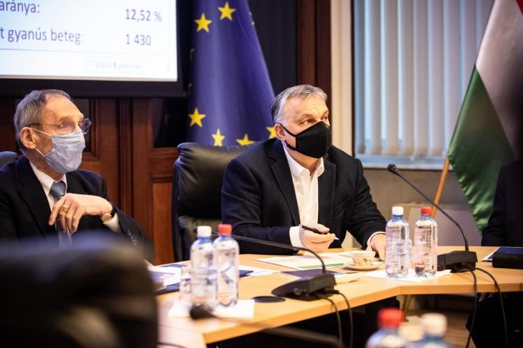 Orbán: szabad nyarunk lesz