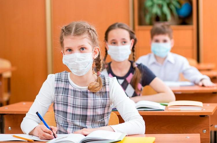 Most az általános iskolákban tombol a vírus. Debrecenben is gond van!