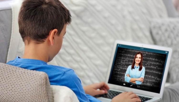 Ingyenes internet: az általános iskolásokkal bővült a kör