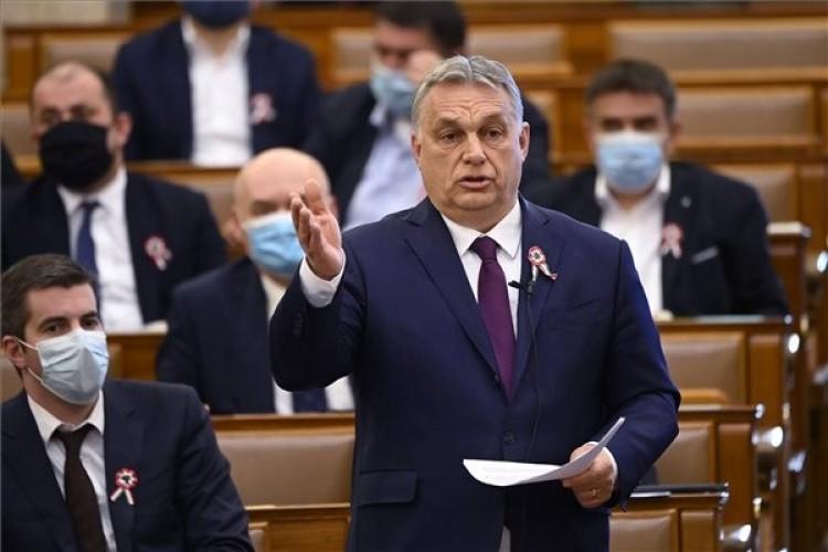 Vakcinából van hiány, nem oltópontból – közölte Orbán