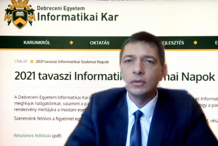 Próbainterjúkkal várják az érdeklődőket a Debreceni Egyetemen
