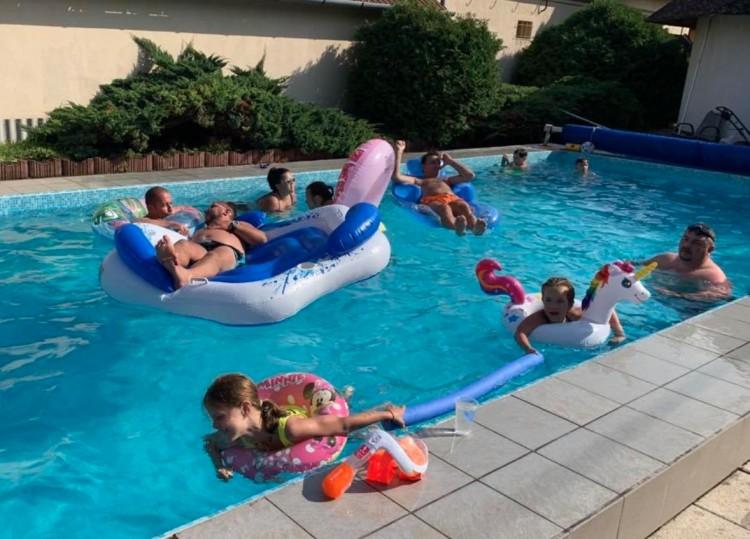 Az idei nyaralásban a magyarok harmada bízik
