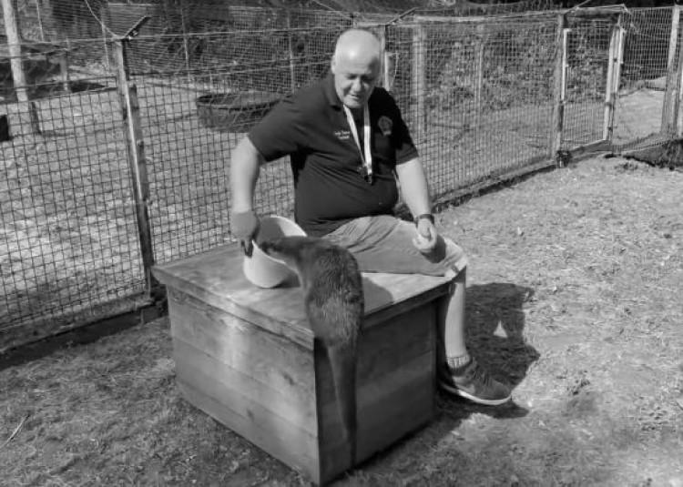 Elhunyt a vidrák miatt ismert mentő
