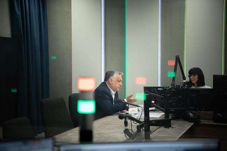 Orbán: ötmillió beoltottnál jönnek az újabb bejelentések