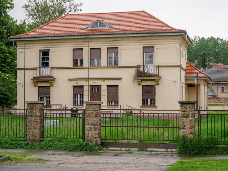 Legalább 114 milliót kér Debrecen a volt MSZP-székházért