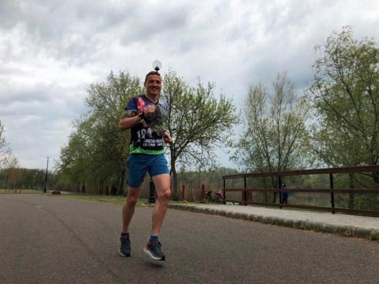 A volt magyar válogatott focista 130 kilométert futott