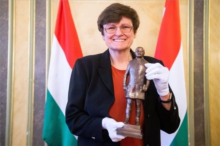 Megkapta a legrangosabb magyar szakmai díjat Karikó Katalin