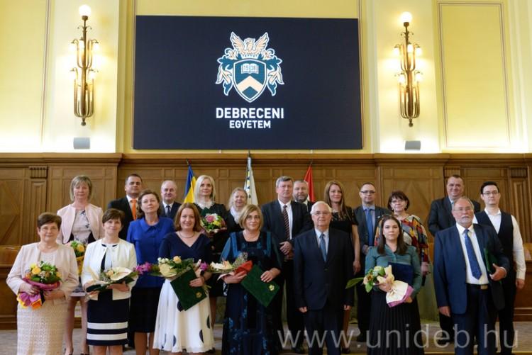 Pedagógusait díjazta a Debreceni Egyetem