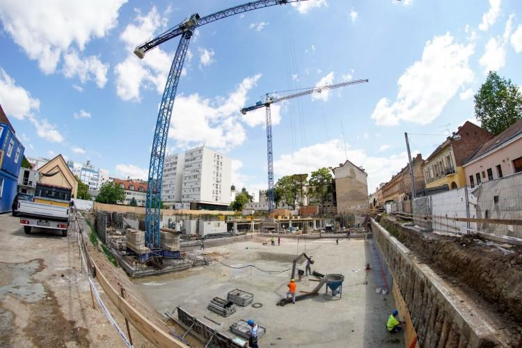Heteken belül lerakják az új debreceni szálloda alapkövét
